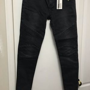 Faded Black Skinny Jeans with Ripples on knee